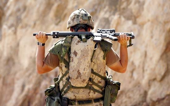 Nuovo algoritmo potrebbe determinare il rischio suicidio dei soldati