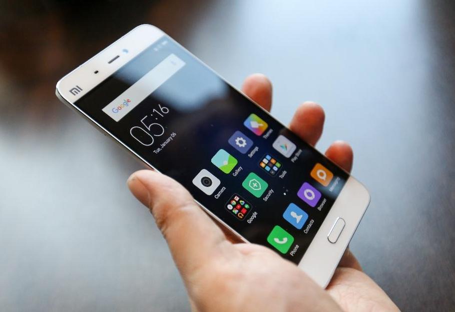 Un nuovo modello per la previsione delle vendite dei telefonini