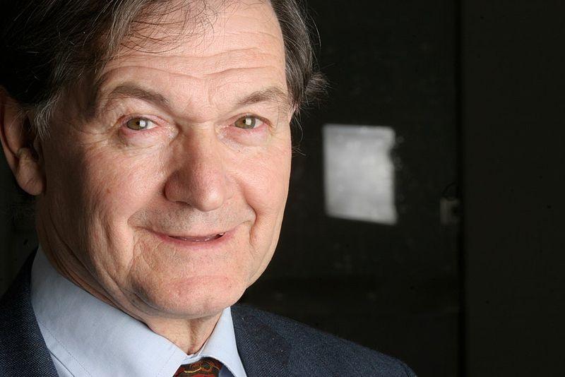 Nobel in fisica 2020: vince anche il matematico Roger Penrose