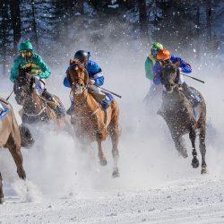 Come vincere una corsa di cavalli? Ecco la risposta della matematica